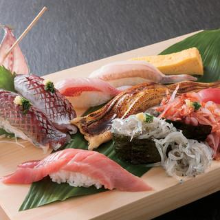 魚がし鮨の商品は「職人の技」
