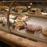 ア・ラ・カンパーニュ - マルイの中から、ケーキのテイクアウトもある