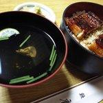 うなぎ料理 鹿六 - 上鰻丼と吸い物