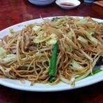 東峰飯店 - 炒め焼そば(850円)