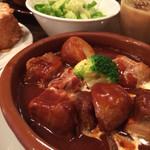 スペインバル ELceroDos - ランチポークシチュー。彩よくていつも食欲をそそる。
