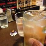ラーメン食堂 一 - H.28.1.29.昼 ハイボール 410円税込 vs 水 de 乾杯♪