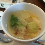 TRATTORIA NONNO - B・Cランチ/白菜のスープ