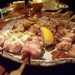 4693049 - 鶏串焼き盛り合せ(9串 1150円)