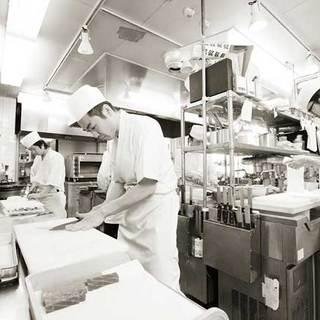 「信州の名工」に選ばれた総料理長が作る極上の純日本食