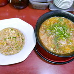 ラーメン京龍 - 黒龍、炒飯セット