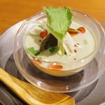 喜臨軒 - 烏骨鶏ピータンと自家製豆腐のピータン豆腐
