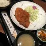 とんかつ 和幸 - ロースカツ定食!980。