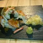 46951388 - こぼれ寿司
