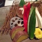 飛騨牛専門 華家 - 野菜 季節の焼野菜盛り