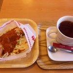 4696692 - ナン・チョリソ カレー と 紅茶