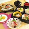Tsukijiuemura - 料理写真:お手頃な美味 会席弁当 松花堂(しょうかどう)