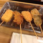 立呑み 龍馬 - チーズ、牡蠣、サーモン、椎茸 2016.1