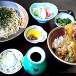 鈴ひろ - 料理写真:ざる蕎麦セット 880円