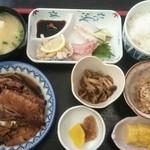 味処 四季菜 - 四季彩さんのおさしみ定食600円