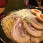 味噌っち 岩岡屋 - 味玉小樽味噌ラーメン(並)+チャーシュー3枚 1200円