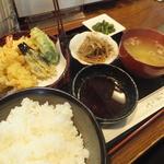 信濃路 - 天ぷら定食500円
