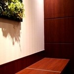 ドトールコーヒーショップ 西武新宿北口店 - 2階の禁煙カウンター席