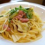 46972238 - 黒豚ソーセージと緑野菜のアーリオオーリオ