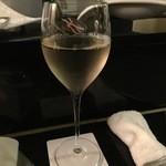じだいや featuring Massimo Mariani - 白ワイン
