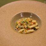 イルネッソ - カヴァテッリ ベニズワイガニとフレッシュトマト