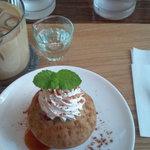 Kafeniko - ブルーベリーマフィンとアイスカフェオレのセット750円