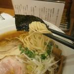 福の神食堂 - 麺は、低加水細麺