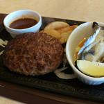 ステーキガスト - チーズINハンバーグ冷製蒸し牡蠣~☆