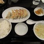Gyouzanoantei - 極焼餃子定食(6個) 530円