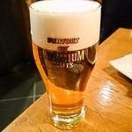 魚金 - ビールはやっぱりザ・プレミアムモルツ