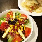 シェスタ - イタリアンサラダとジャーマンポテト いつも注文する定番メニュー♡
