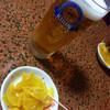 べてい 焼鳥店 - 料理写真:お通し、生ビール