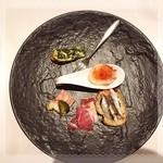Restaurant  LA FUENTE - タパス(タコのガリシア風✨イワシのカナッペ✨ハモンセラーノ✨自家製フォアグラのパテ✨スペイン風ほうれん草のオムレツ)
