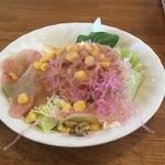 グルービー - 料理写真:サラダ