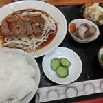 家紋 - スタミナステーキ全貌 1100円