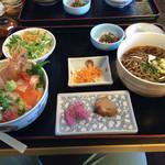 鐘栄丸 - Aランチ ¥1180