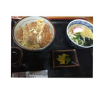 お加山 - カツ丼