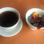 ダイニング興 - コーヒーとみつ豆