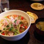 コマグラ カフェ - 2006/7/30掲載。ブーブーサラダ丼