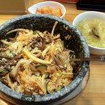 韓国料理 青唐辛子 - 石焼ビビンバ