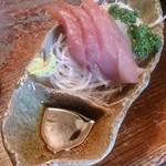 天久 - 和定食1000円のお刺身