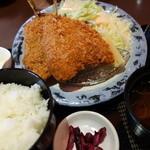 お食事処えびす - 料理写真:大きなアジフライ定食
