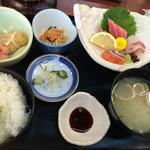 松原天然温泉ゆーゆー「お食事処」 - 料理写真:お造り定食1200円