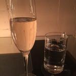 47005412 - シャンパン