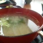 ニコニコ亭 - 味噌汁