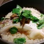 okatotoki - 鯛の釜飯