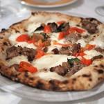 タランテッラ ダ ルイジ - ポルチーニ茸 自家製サルシッチャ チェリートマトのピッツア