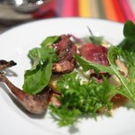 ブラッスリー ギョラン - キジバトの炭火焼き 山羊のブルーチーズ
