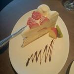 47014212 - ショートケーキ