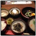 麹蔵 - 2016年1月20日 ラフティー定食900円+豚汁150円